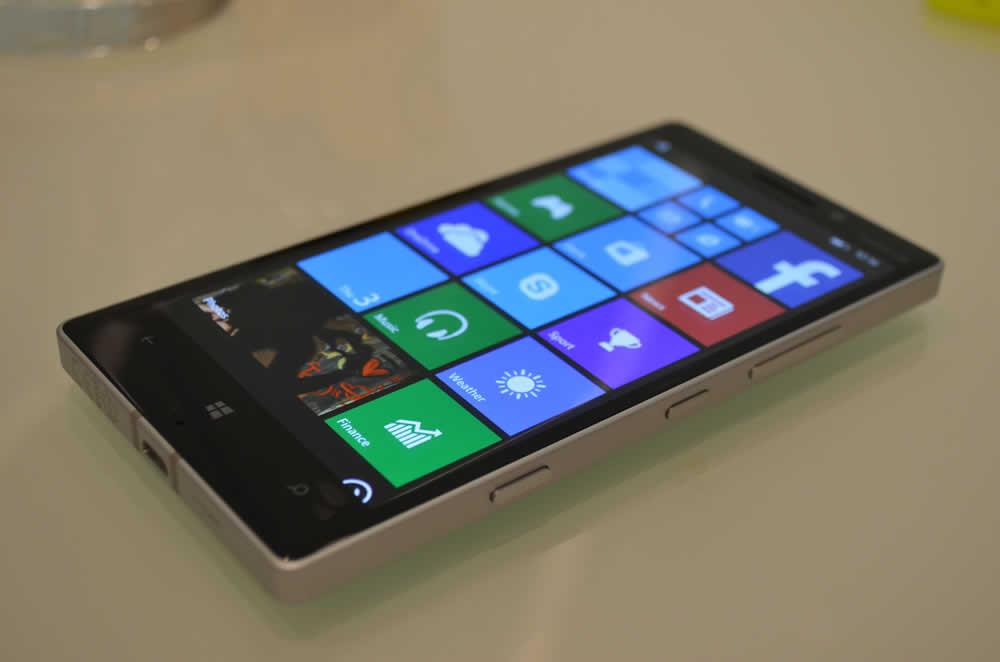 Lumia 930屏幕效果