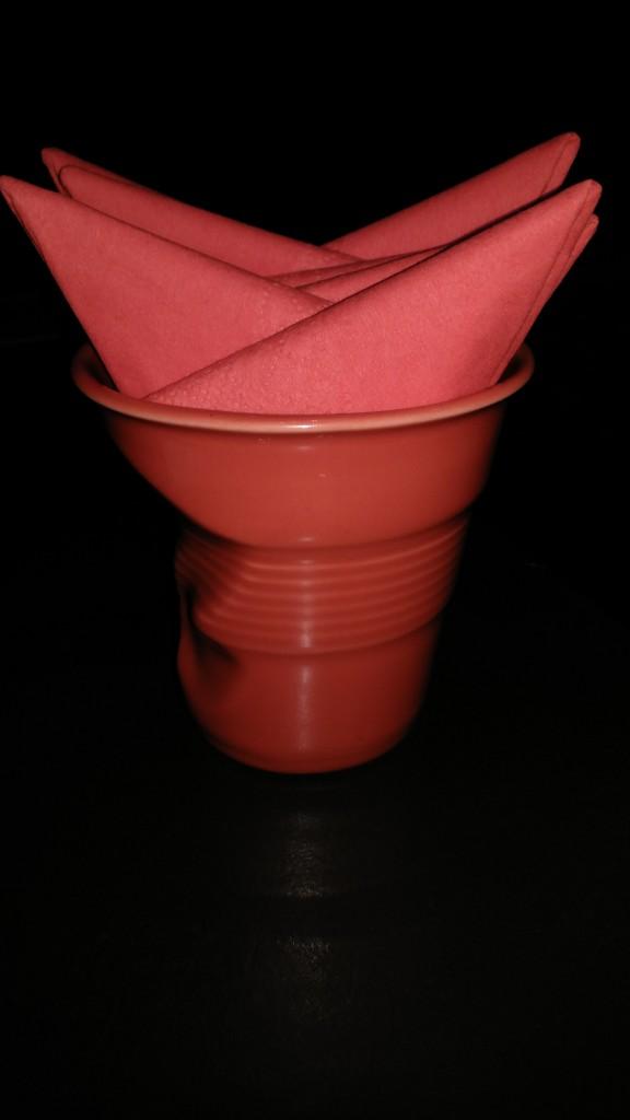 纸巾套,其实是陶瓷制