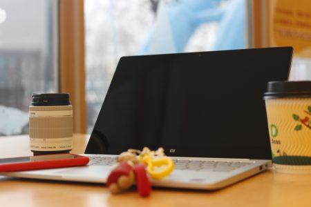 小米笔记本Air素颜照