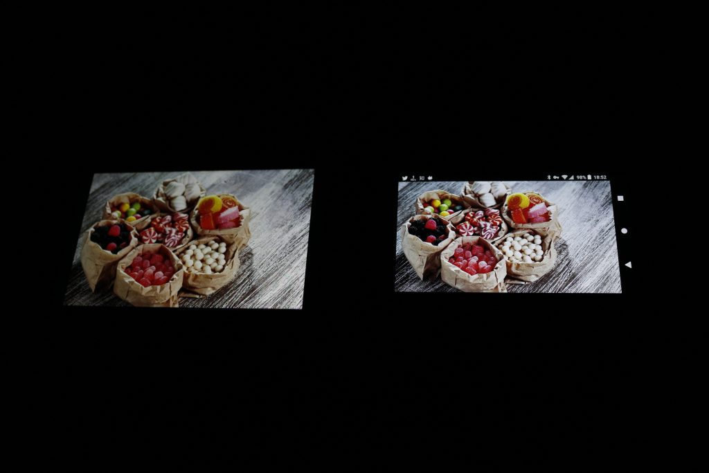 iPhone 7 Plus与Xperia XZ1 Compact色彩表现对比