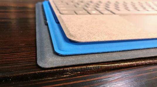 键盘对比:上Surface Go Cover,中Surface 3 Cover,下Surface Pro Cover