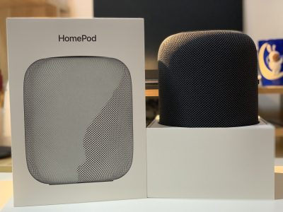 在包装盒中的HomePod